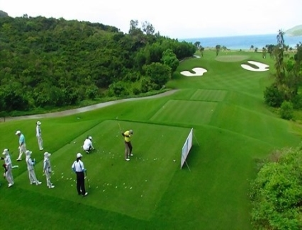 <b>Charity golf tournament for kids 2017 ready to tee off</b> <br /><i>The Vietnam Investment Review has launched the annual charity golf tournament Swing for the Kids 2017 to raise funds for underprivileged students with excellent academic records.
