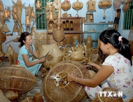 <b>Photos of Vietnamese traditional trade villages displayed in Mozambique</b> <br /><i>A photo exhibition on Vietnamese traditional trade villages opened Maputo, Mozambique, on March 23.</i>